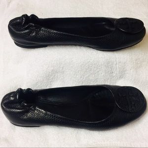 Tory Burch Black Leather Ballerina/ Flats (8.5M)